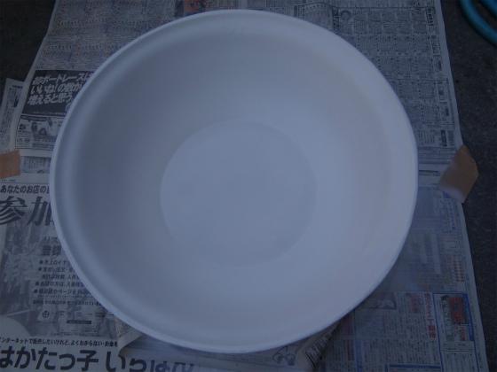 ホーロー洗面器に塗装